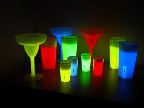 vasos-neon-fluorescentes-glow-para-cumpleanos-bodas-y-mas-991001-MPA20252988008_022015-O